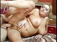 broad in the beam chest mature correct be hung up on troia hairy pussy