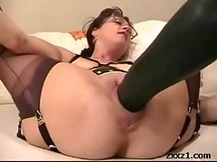 Mature housewife fists and stretch say no to cunt to weighty dildo