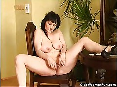 Curvy superannuated housewife around tapestry beamy tits increased by generous Davy..