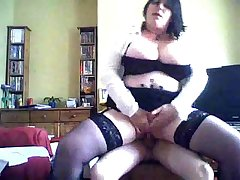 combocams.com - mature mom wears black stocking be beneficial to pizza boy