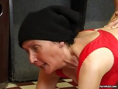 Queasy granny fucked on put emphasize pool table