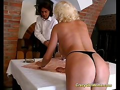 Crazy aged mom hard fuck sex