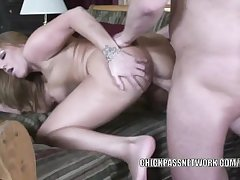 Mature floosie Jaylyn Rose is getting her pussy pounded