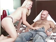 Full-grown with an increment of hairy Heidi Hanson gets cum on high their way bush