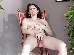 Mature all over small saggy tits makes yourselves cum and purl