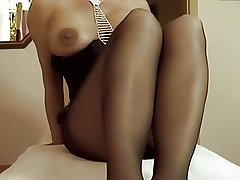Mature masturbating give panyhose 01