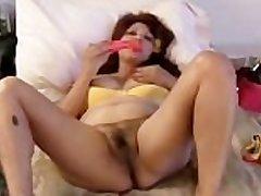 Chubby mature latina bush-leaguer