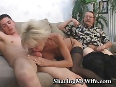 Mature Clamp Just about 3some Making love Game