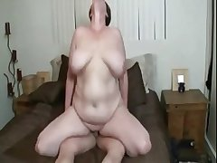 Sexy BBW mature involving huge bowels getting fucked